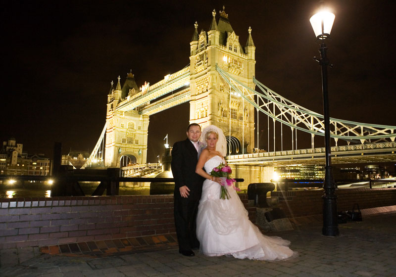 Tower Bridge wedding photos
