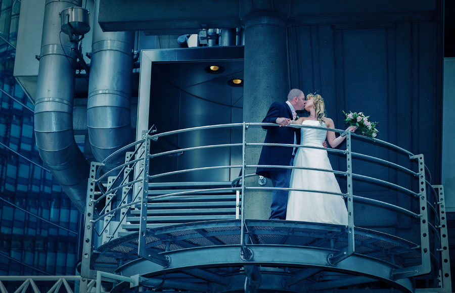 London_Wedding_Photography_Lloyds_Building_Graphic