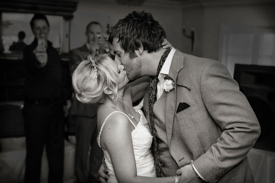 Enfield wedding kiss photo