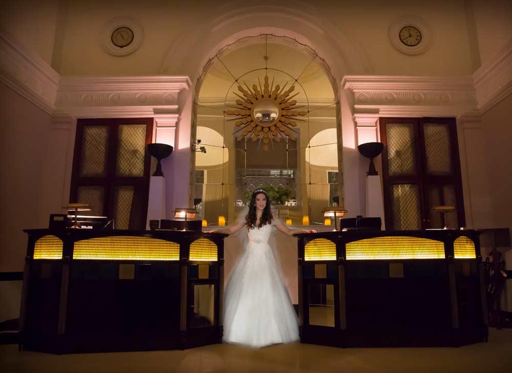 Bride in Lansdowne Club reception