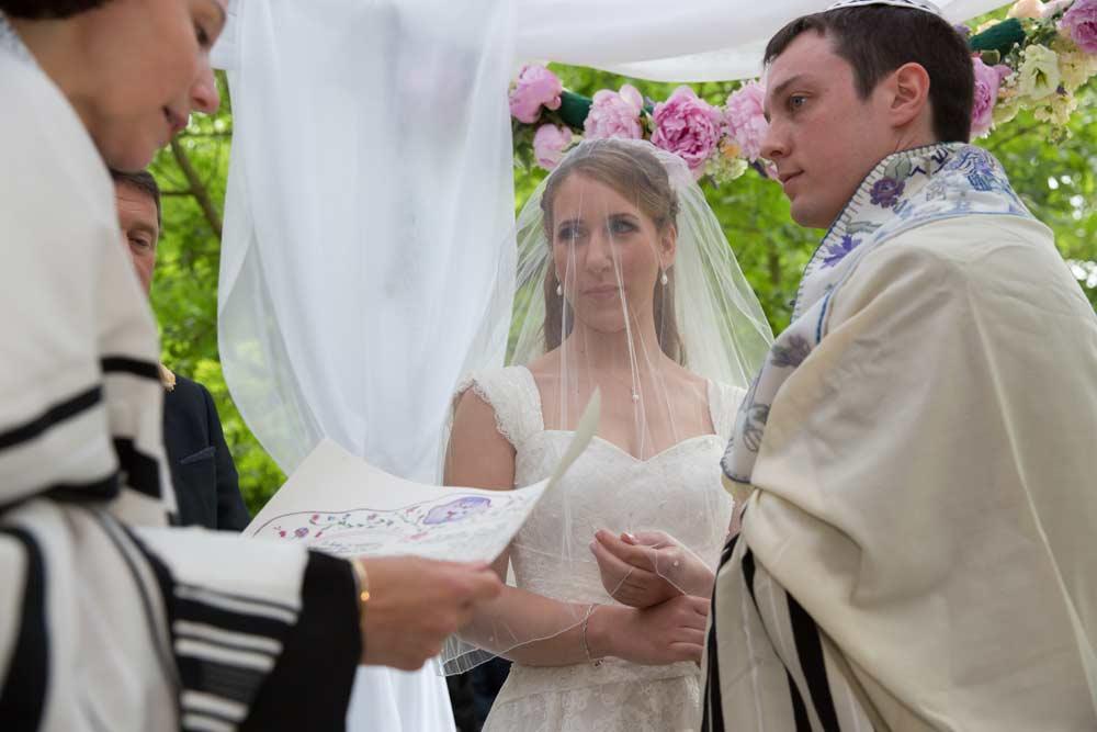 Jewish_exchange_of_vows_London