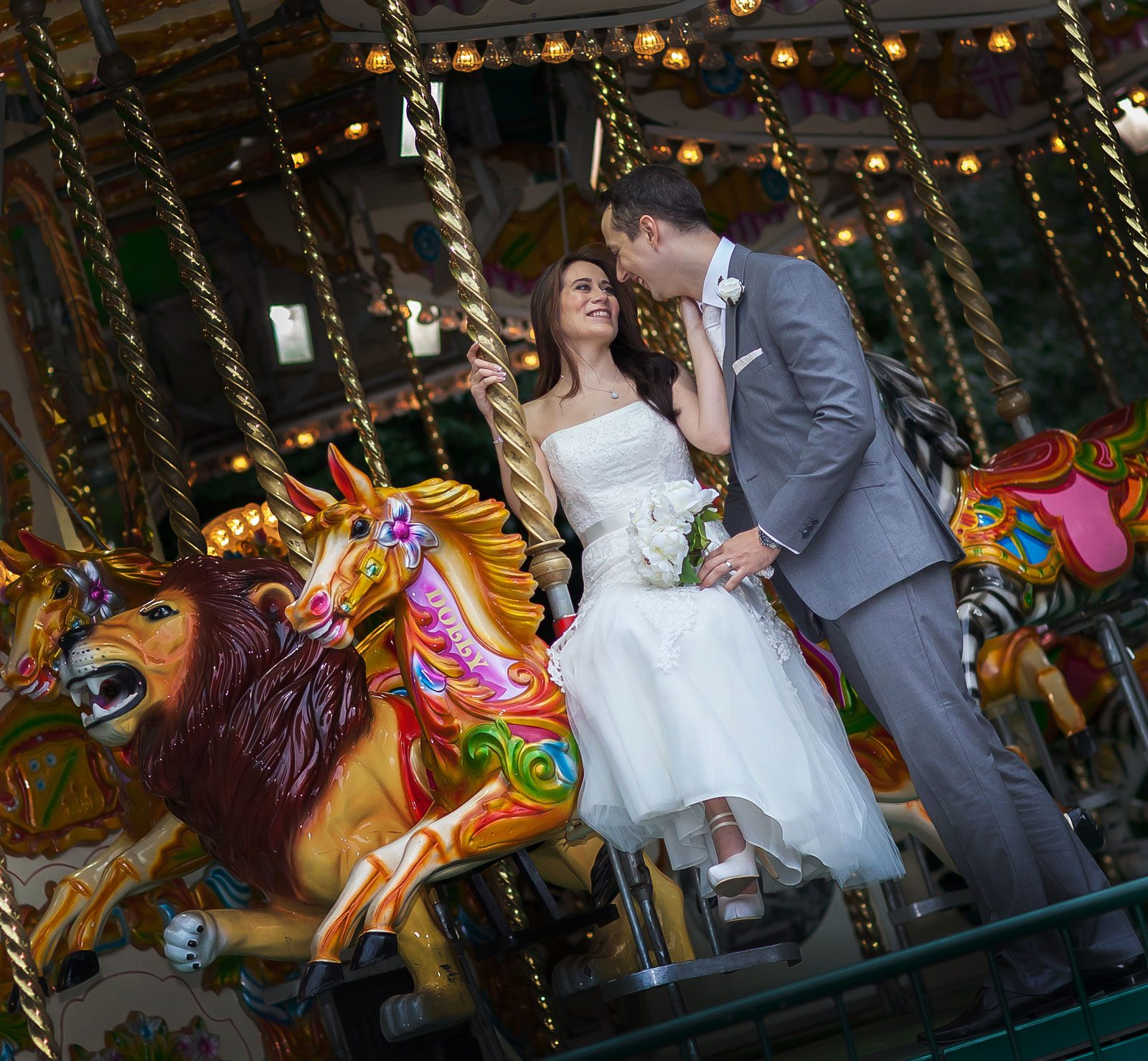 London_Zoo_carousel