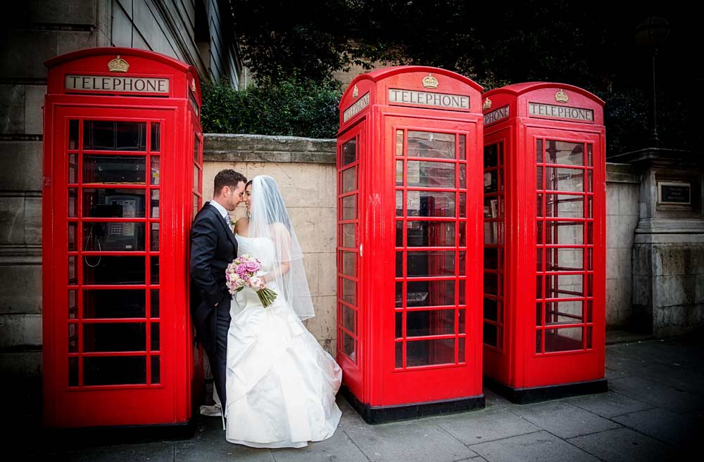 Triple London phone box wedding shothot