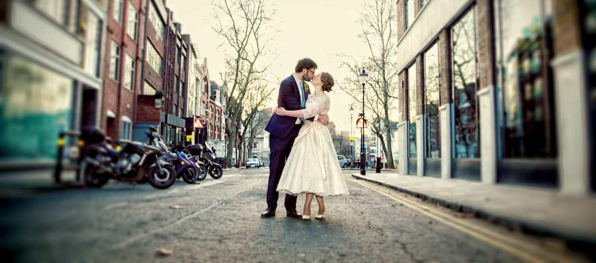 Islington wedding photographer image