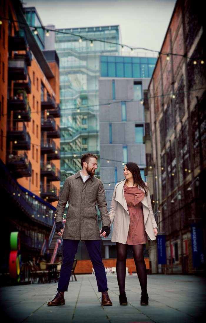 Ultimate London engagement shoot graphic