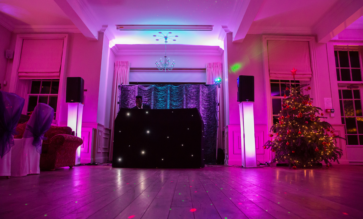 Wedding DJ image at Bush Hill Park Golf club Enfield