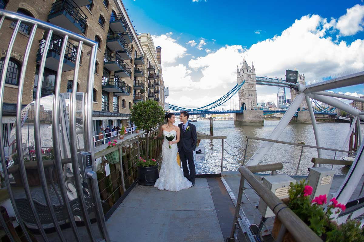 wedding photo at Butlers Wharf
