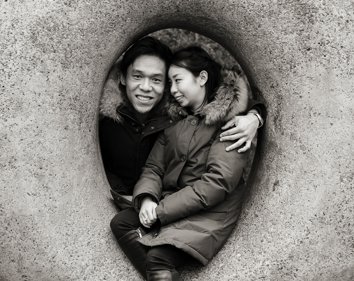 Engagement photo in middle of Muswell Hill stone sculpture