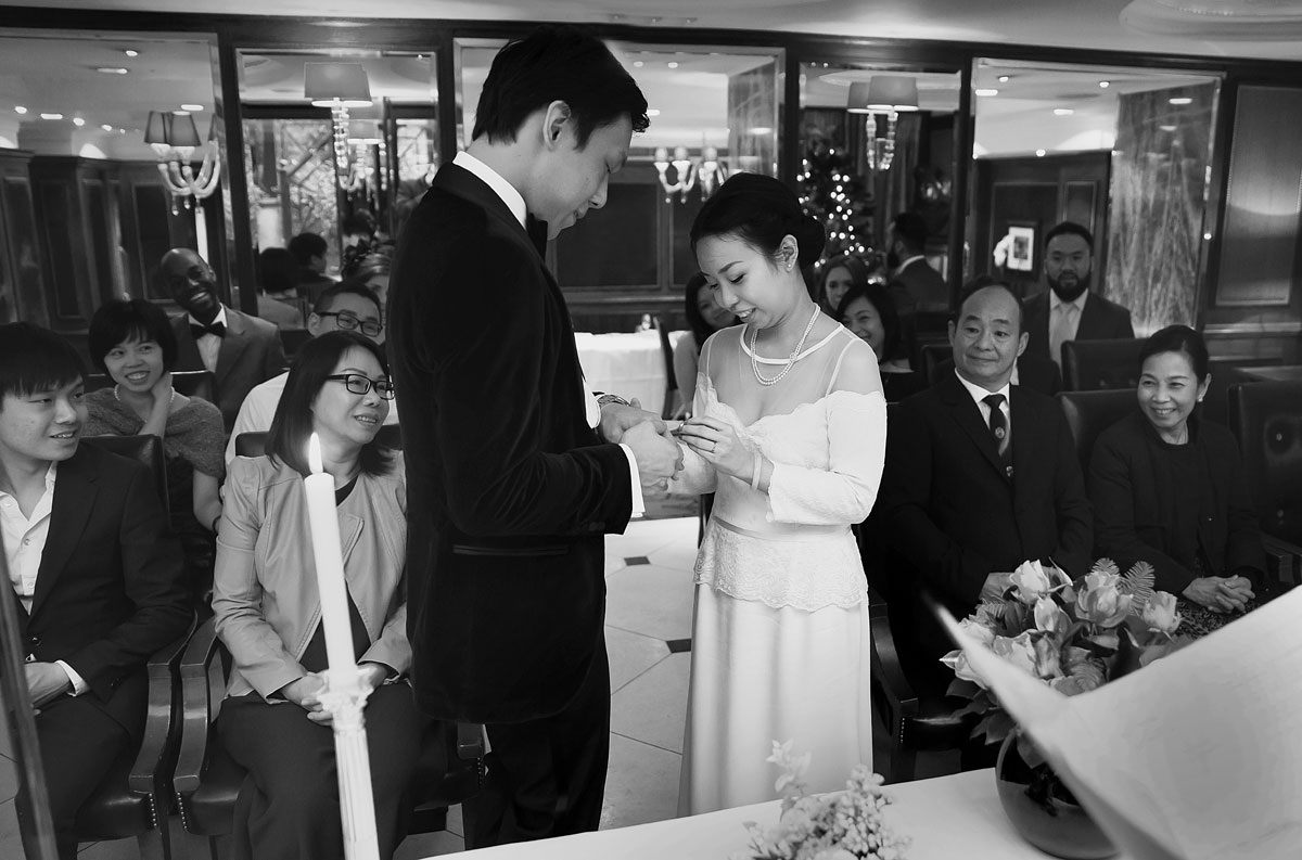 Exchange of rings at Goring Hotel Chinese wedding