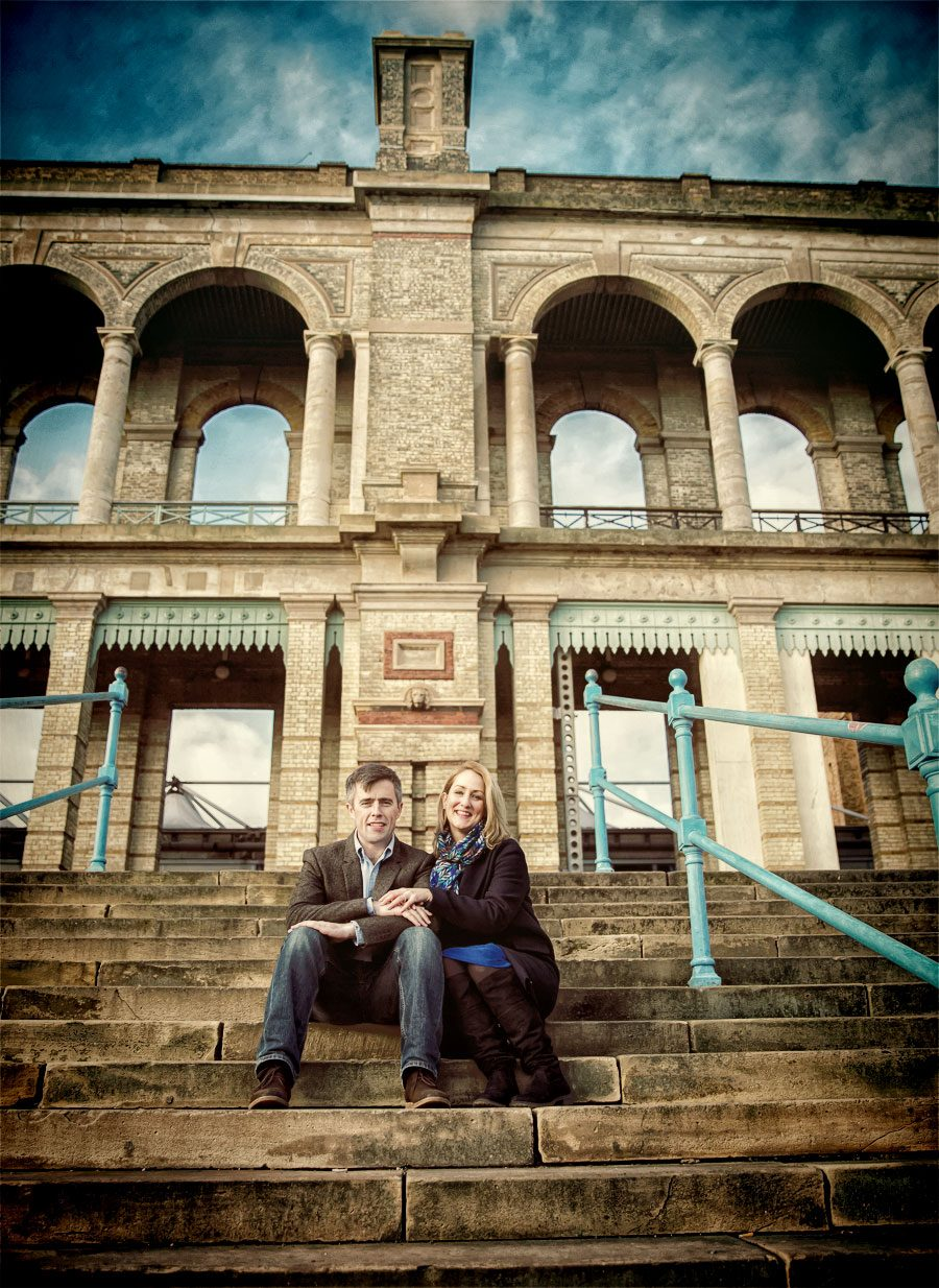 London Engagement shoot on the steps of Alexandra Palace