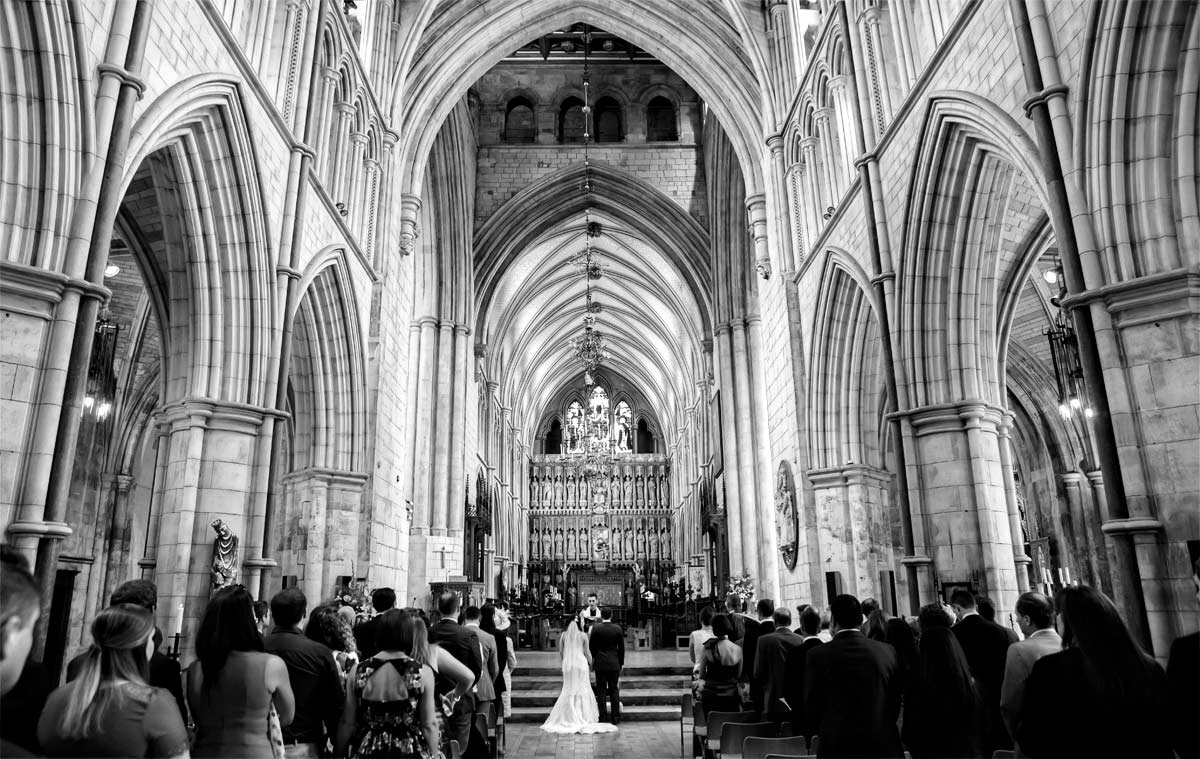 Southwark_cathedral_wedding_ceremony