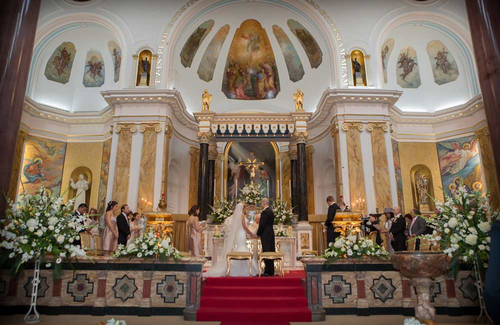 Wedding_at_St_Peters_Italian_London