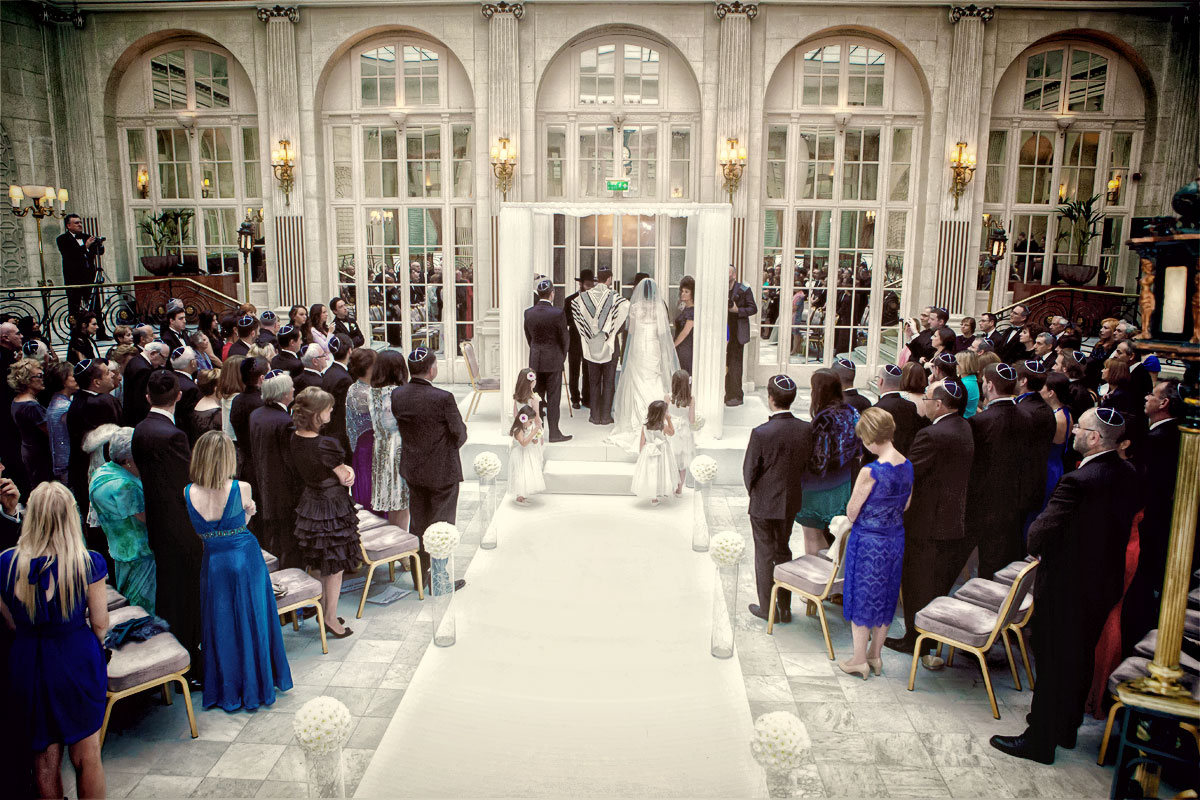 Jewish wedding ceremony photo at Waldorf Hilton Hotel London