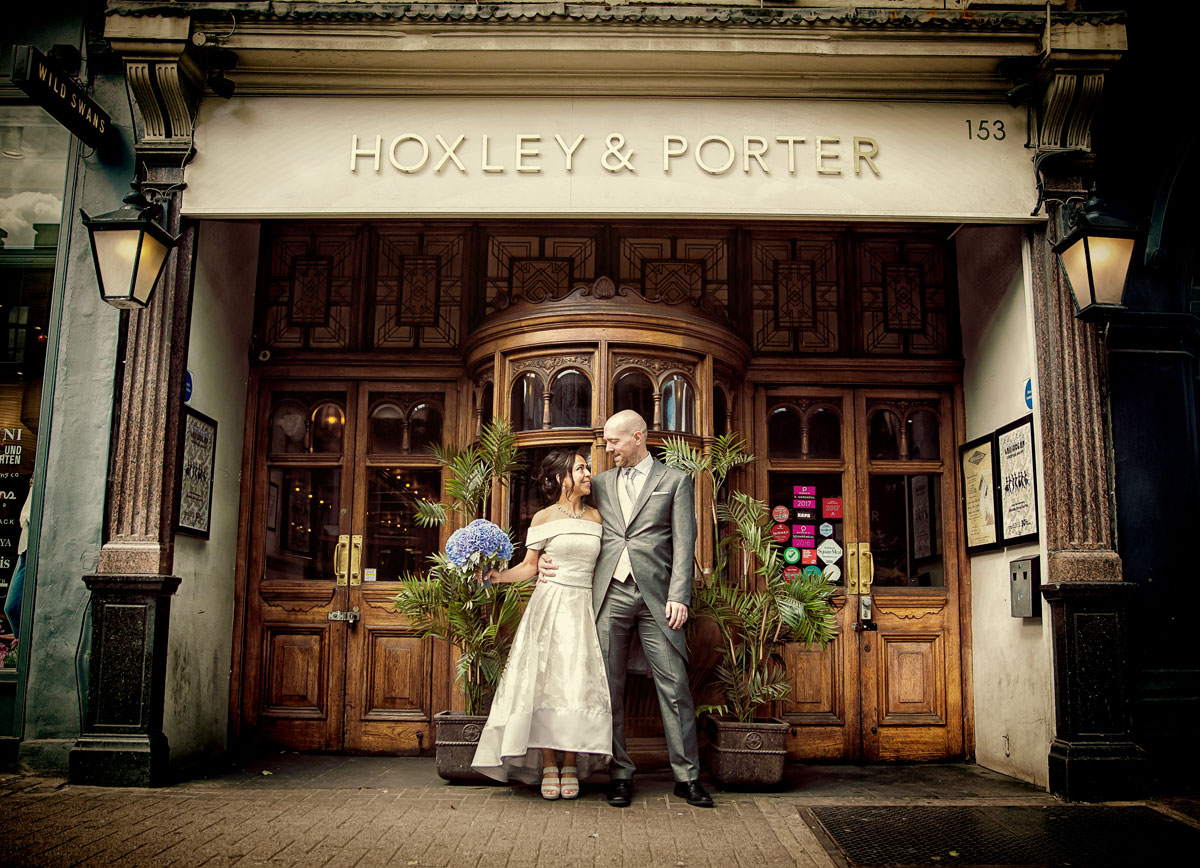 Islington wedding couple outside Hoxley & Porter Upper Street