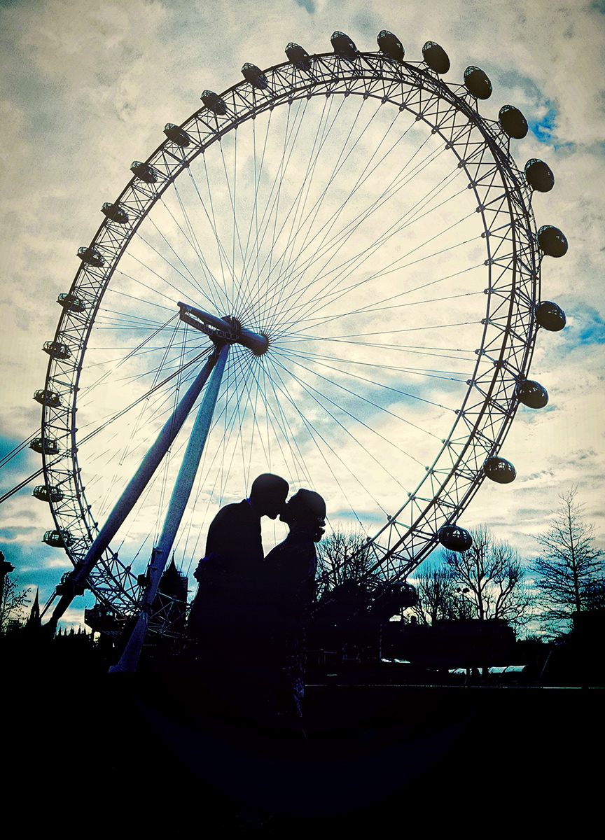 London eye engagement photo silhouette